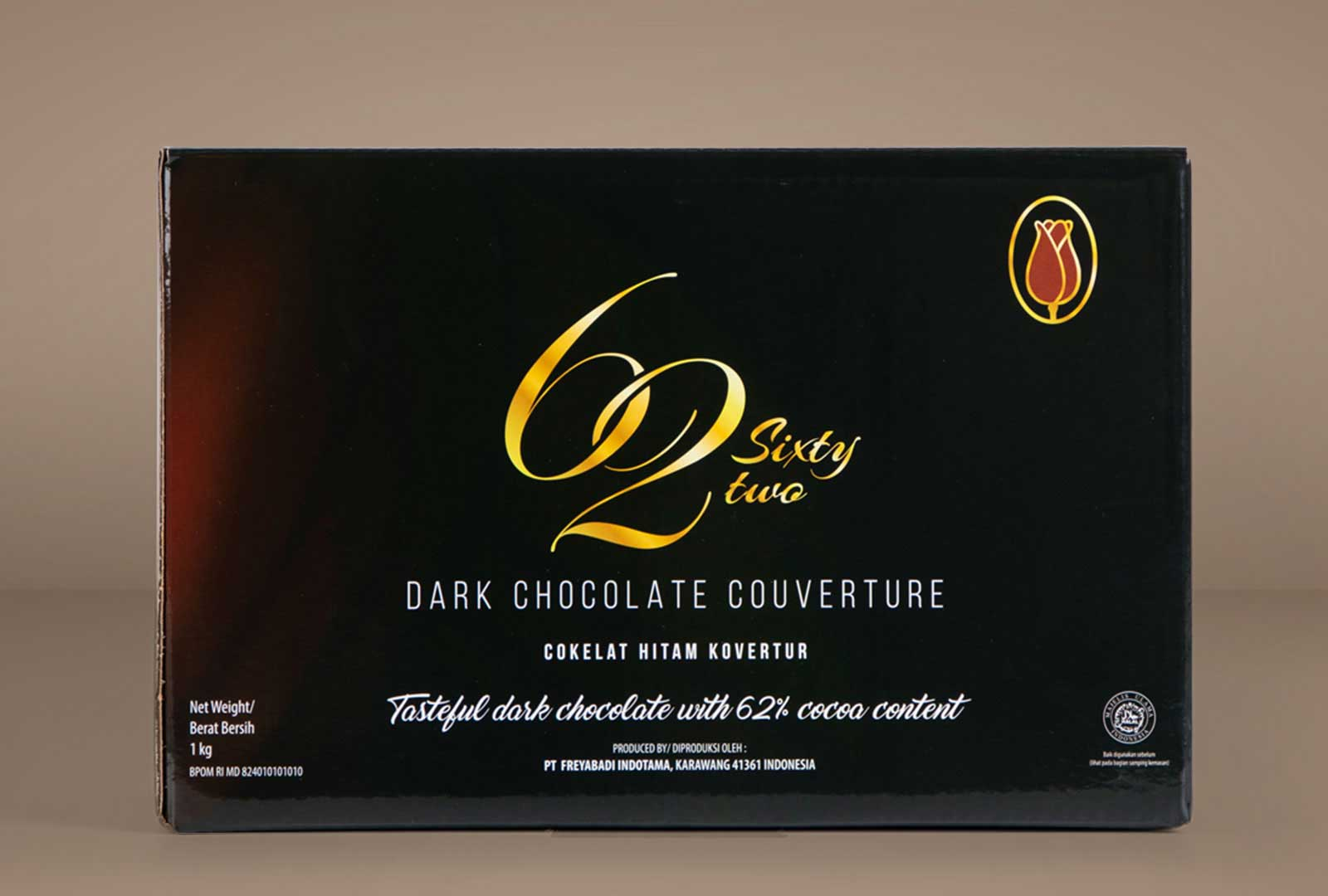 62dark-Chocolate-couverture-front-1